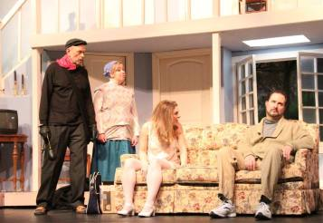 USP Noises Off Pic by Jim Palmer 04